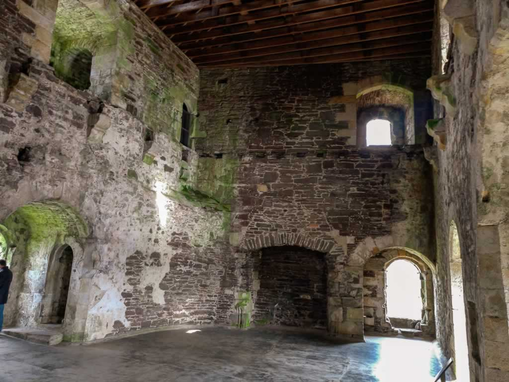 doune castle 05 upstairs chambers